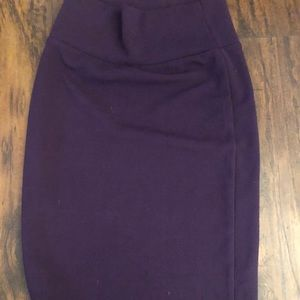 Beautiful Plum Purple LulaRoe Cassie XS Like New